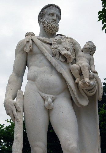 Statue, Palace of Versailles