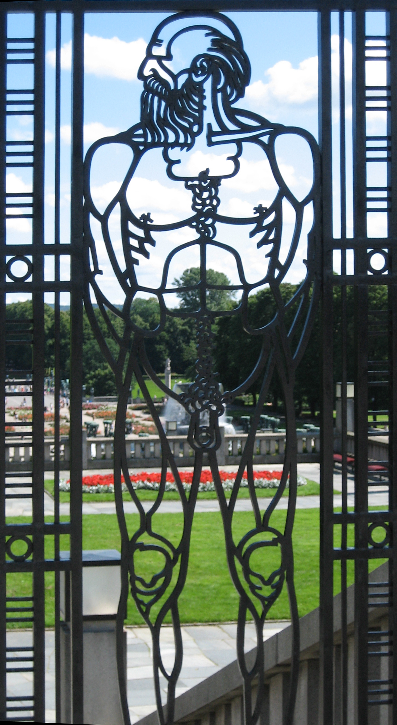 Gate to the Vigeland Installation - old man
